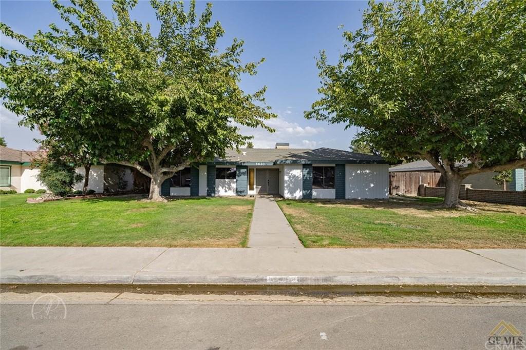 5620 Patton Way Property Photo