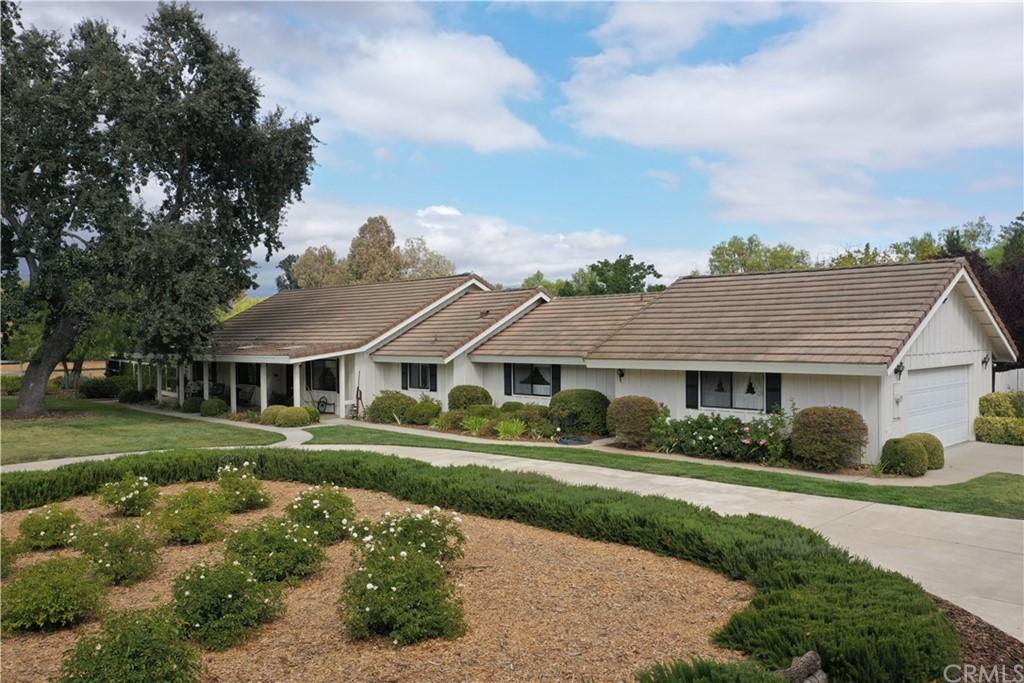 3095 Longview Lane Property Photo