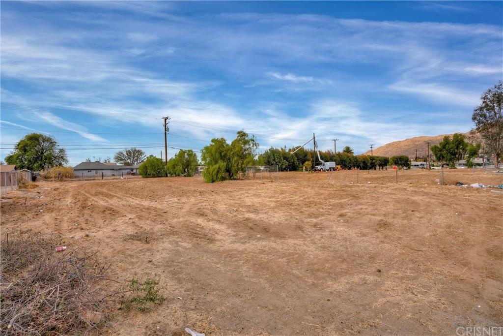 13277 Day Street Property Photo