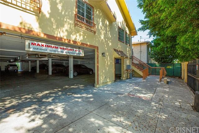 6824 Radford Avenue Property Photo 3