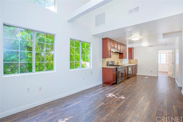 6824 Radford Avenue Property Photo 9