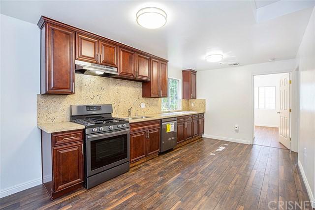 6824 Radford Avenue Property Photo 10