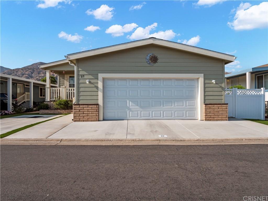 15455 Glenoaks Boulevard 27 Property Photo