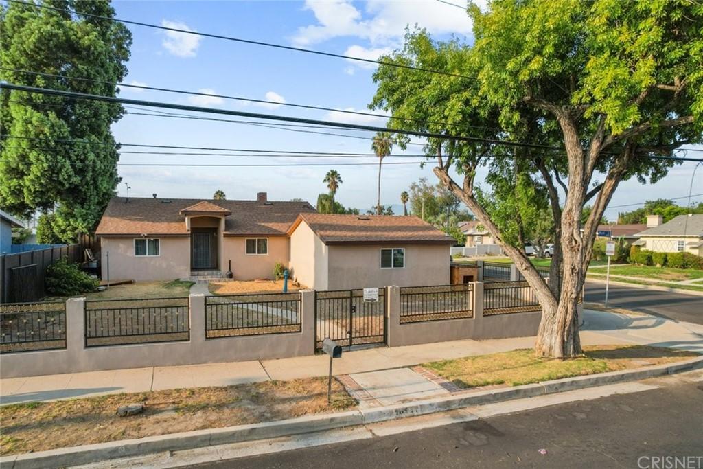 16911 Mayall Street Property Photo