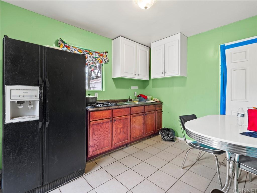 13234 Gladstone Avenue Property Photo 20