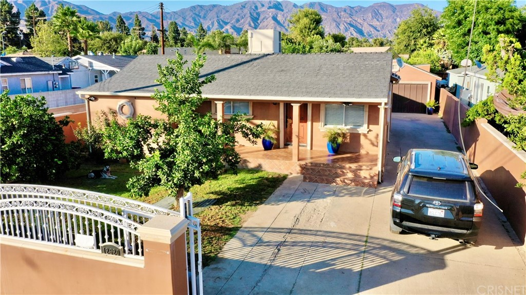 12620 San Fernando Road Property Photo