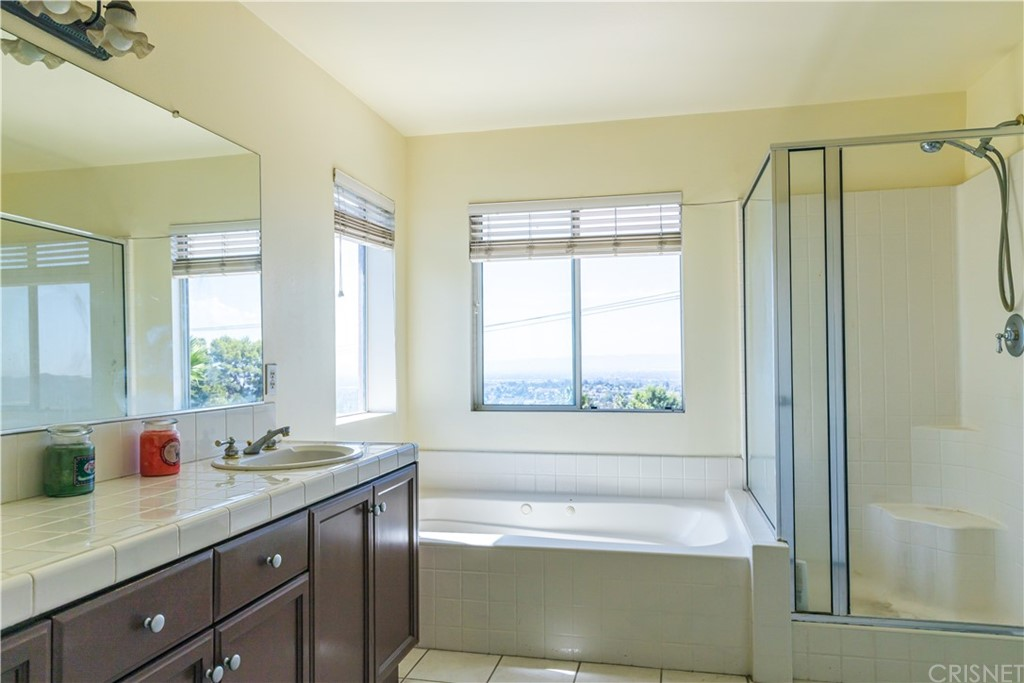 13853 Mountain View Place Property Photo 13