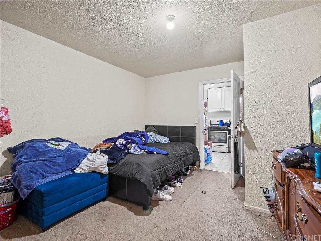 13234 Gladstone Avenue Property Photo 19