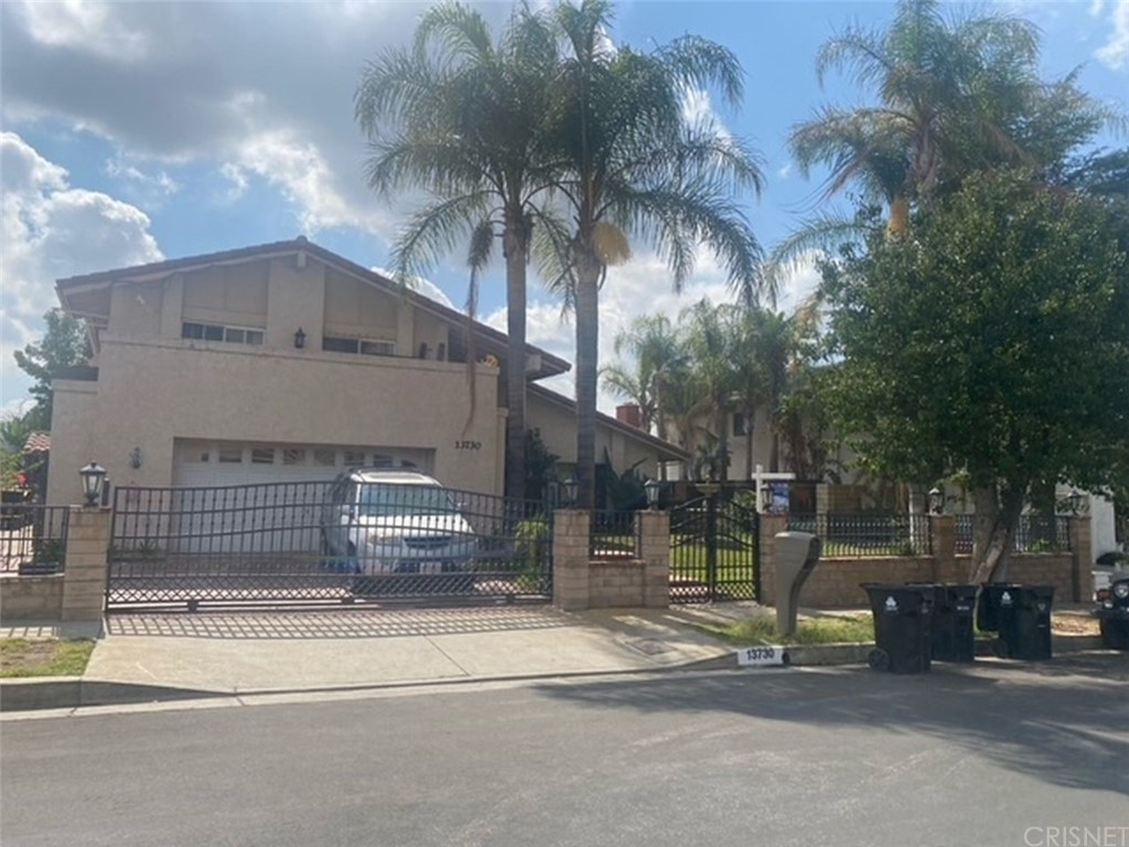 13730 Aldergrove Street Property Photo