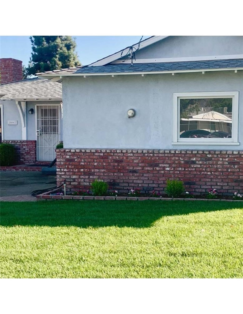 25002 Newhall Avenue Property Photo