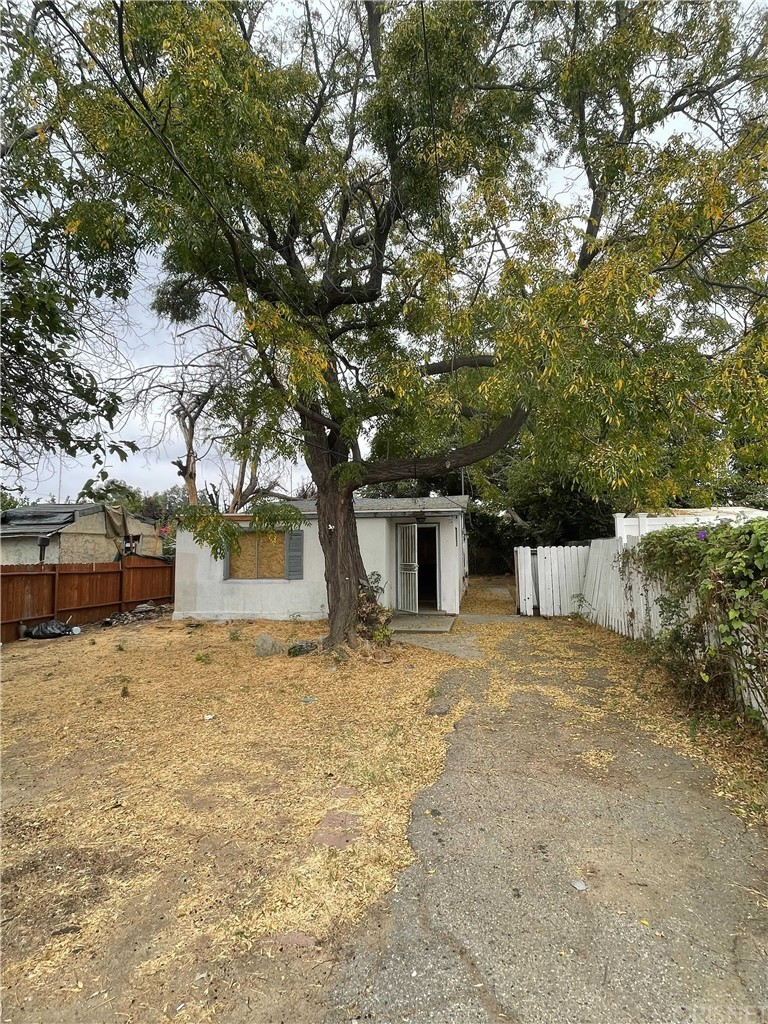 13969 Beaver Street Property Photo