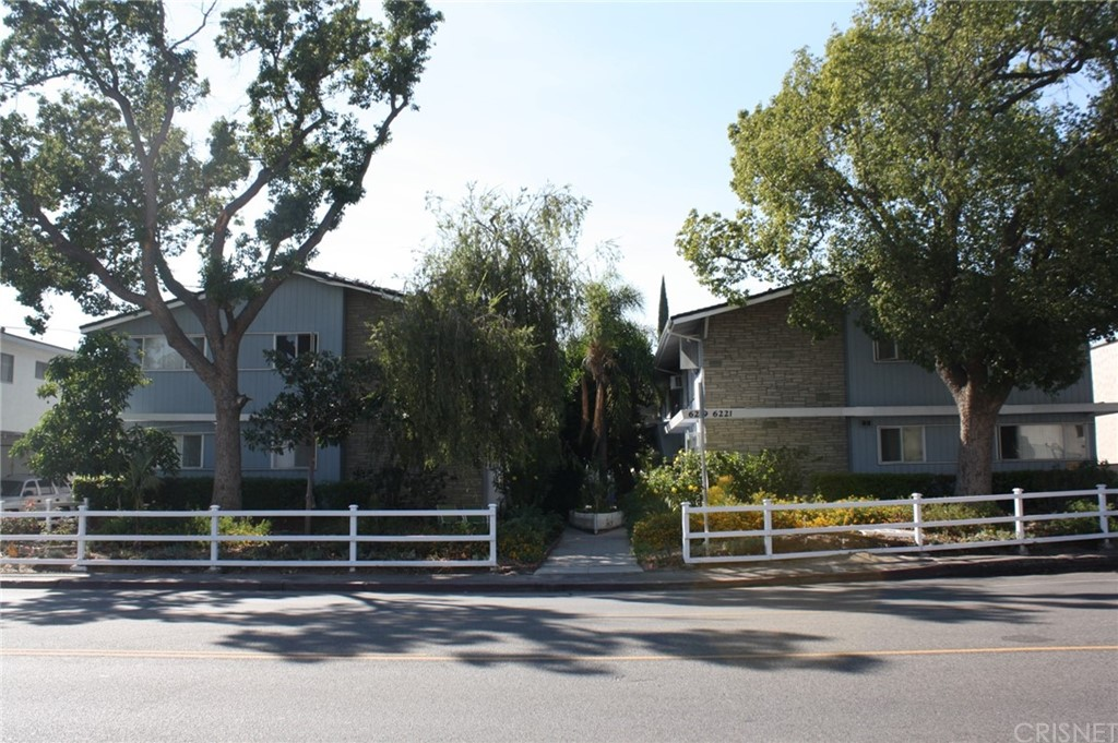 6215 Fulton Avenue Property Photo