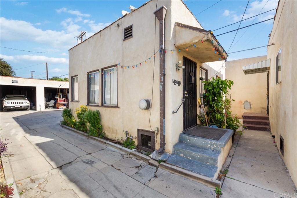 4939 Malta Street Property Photo