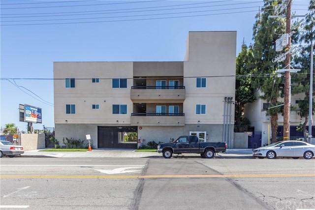 11740 Vanowen Street Property Photo