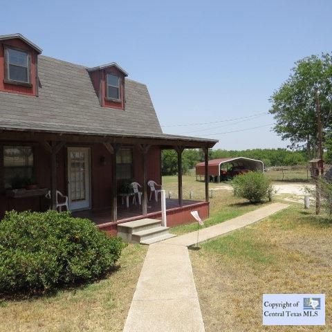 1845 E Pierce Street Property Photo - Luling, TX real estate listing