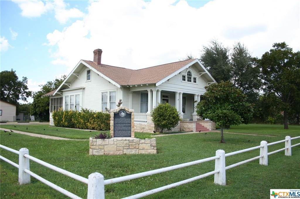 401 N Main Street Property Photo