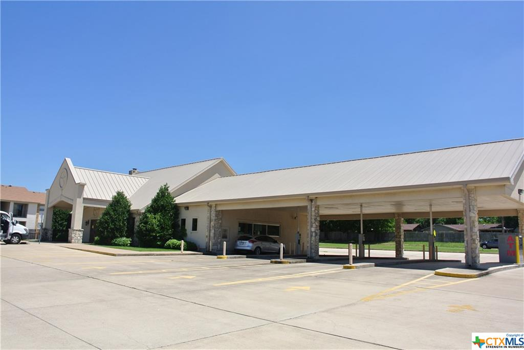 2410 E Business 190 Highway Property Photo