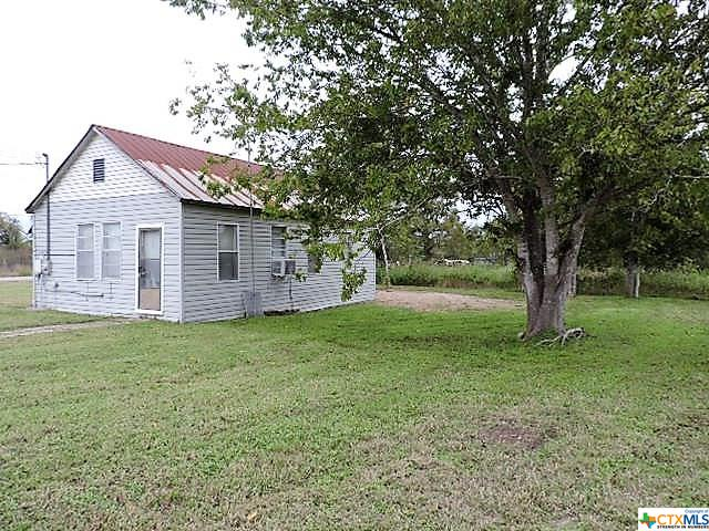000 S Carter Property Photo