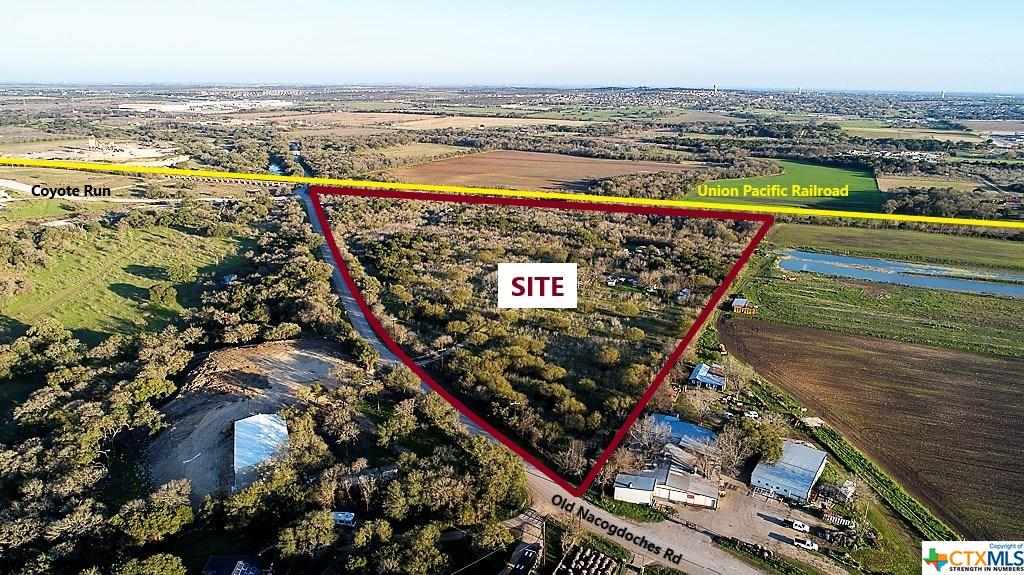22156 Old Nacogdoches Road Property Photo