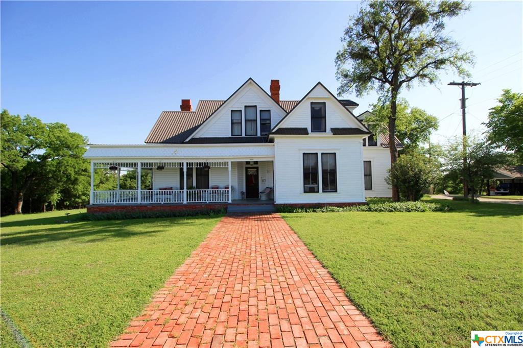 1402 South Street Property Photo - Gatesville, TX real estate listing
