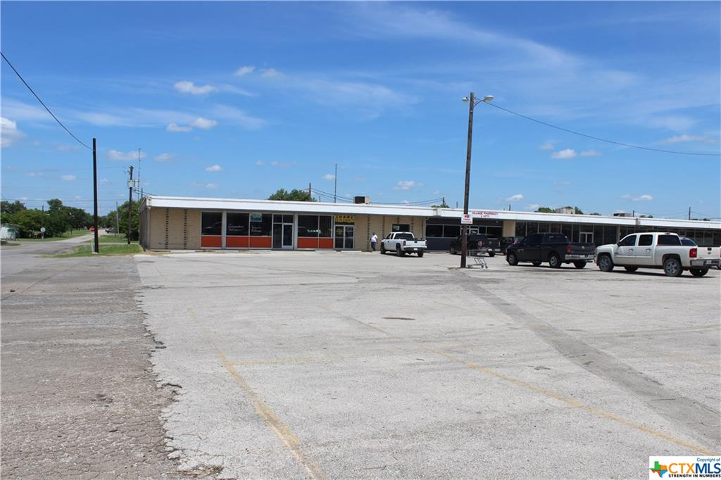 108 S Alamo Street Property Photo