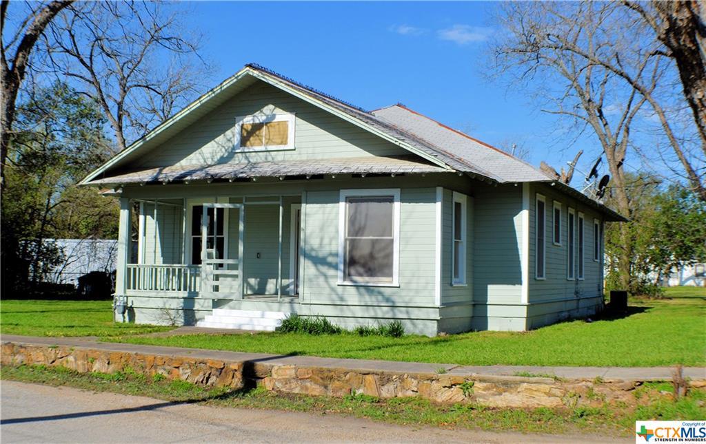 906 N Washington Avenue Property Photo