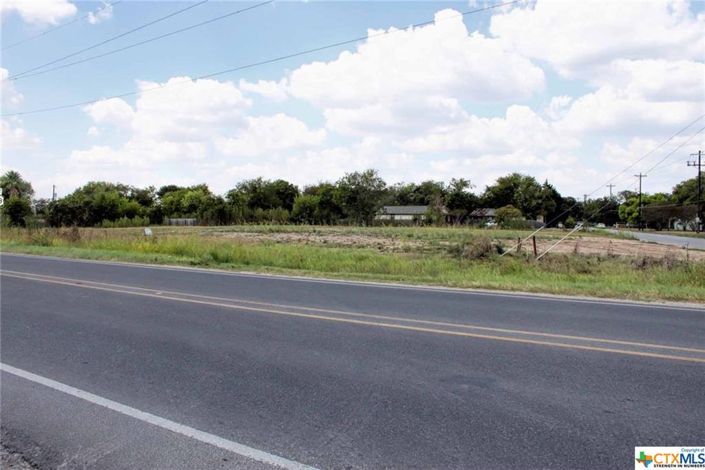 1204 S Commerce Street Property Photo