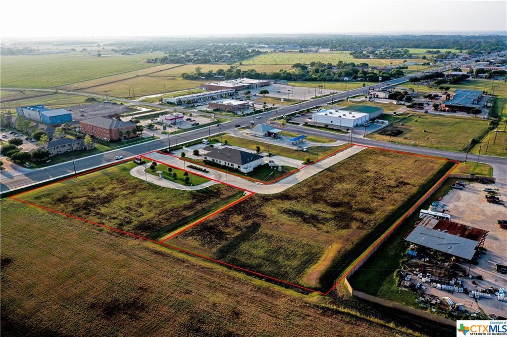 1816 S Colorado Property Photo - Lockhart, TX real estate listing