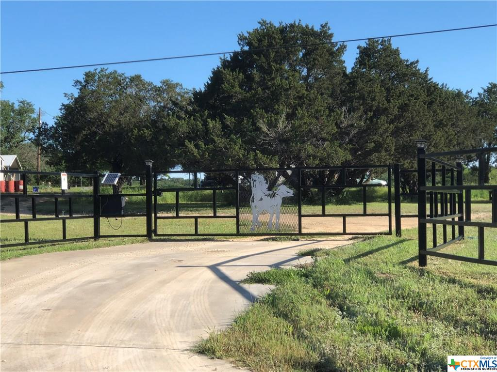 4115 County Road 4390 Property Photo - Kempner, TX real estate listing