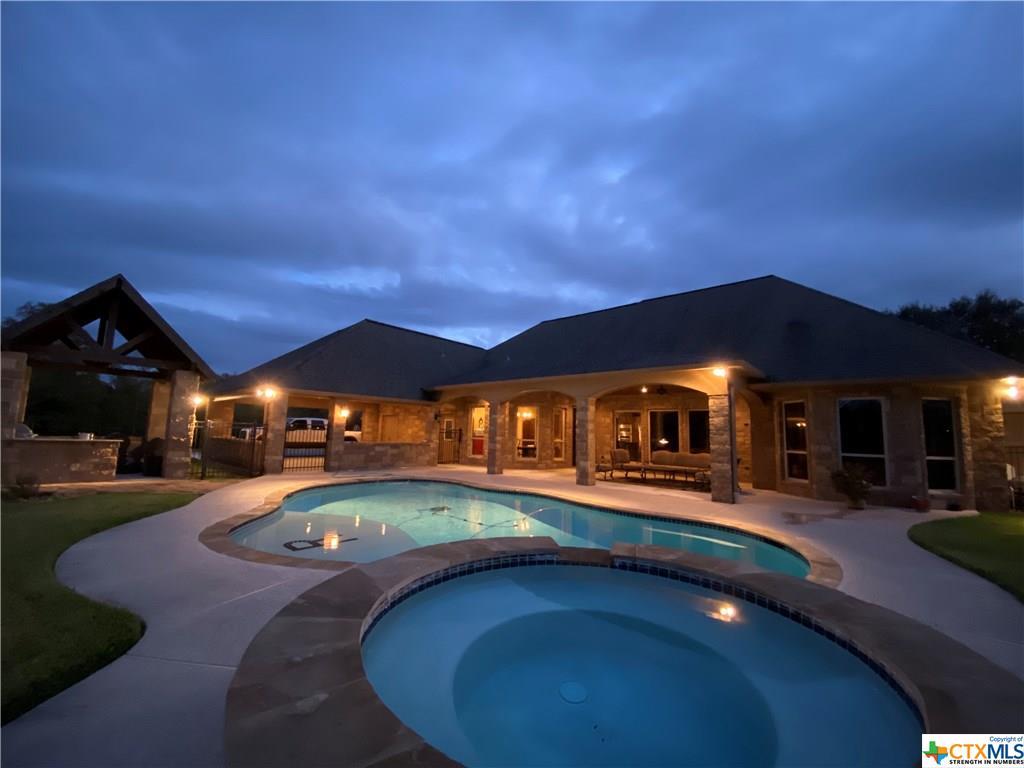 178 Juniper Trail Property Photo - Yoakum, TX real estate listing