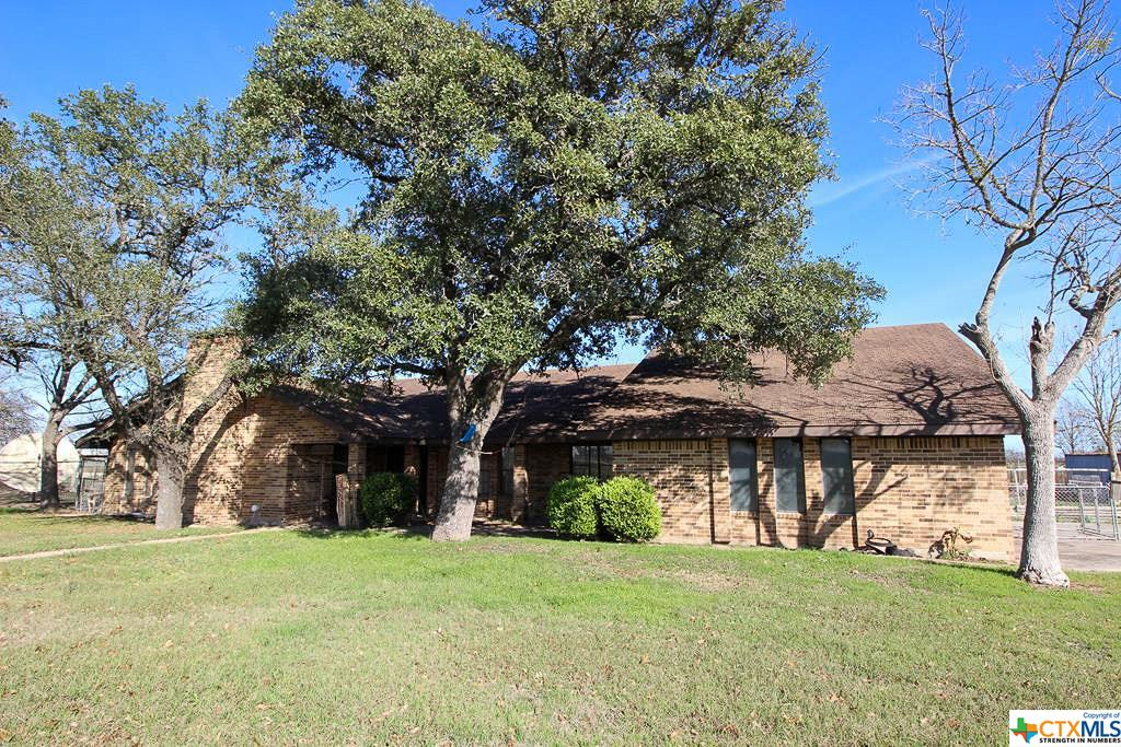 2106 S Colorado Street Property Photo - Lockhart, TX real estate listing