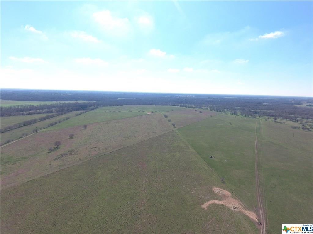 000 Dam Rd Property Photo - Gonzales, TX real estate listing