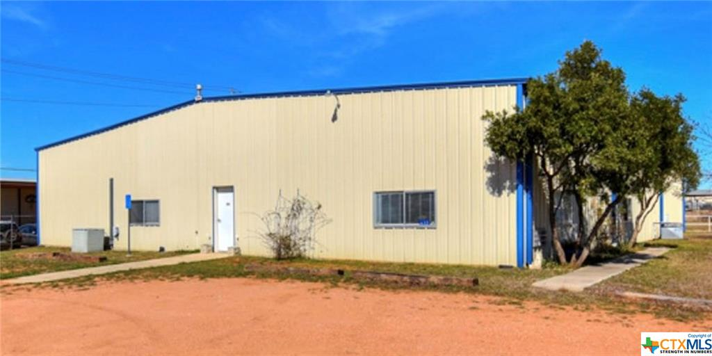632 Fm 2093 Property Photo