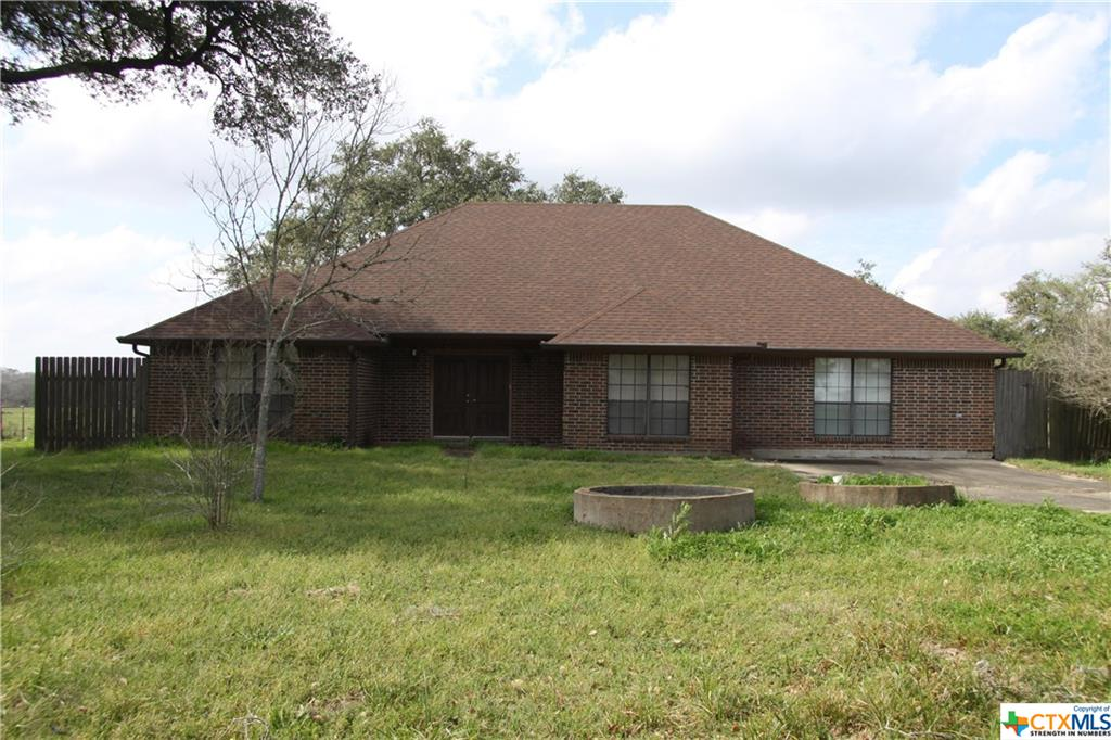 10782 County Road 284 Property Photo - Edna, TX real estate listing