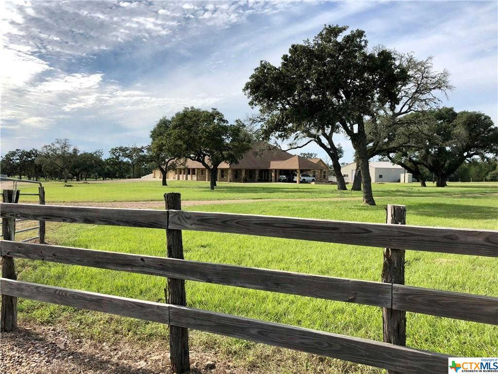 774 CR 449 Road Property Photo - Hallettsville, TX real estate listing
