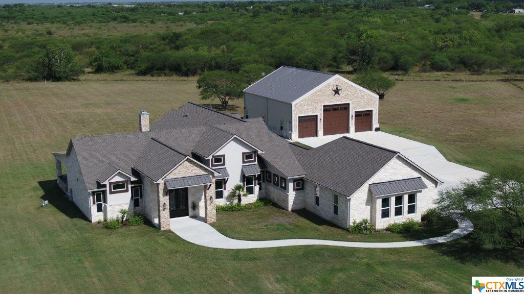 500 Sendera Loop Property Photo - Victoria, TX real estate listing