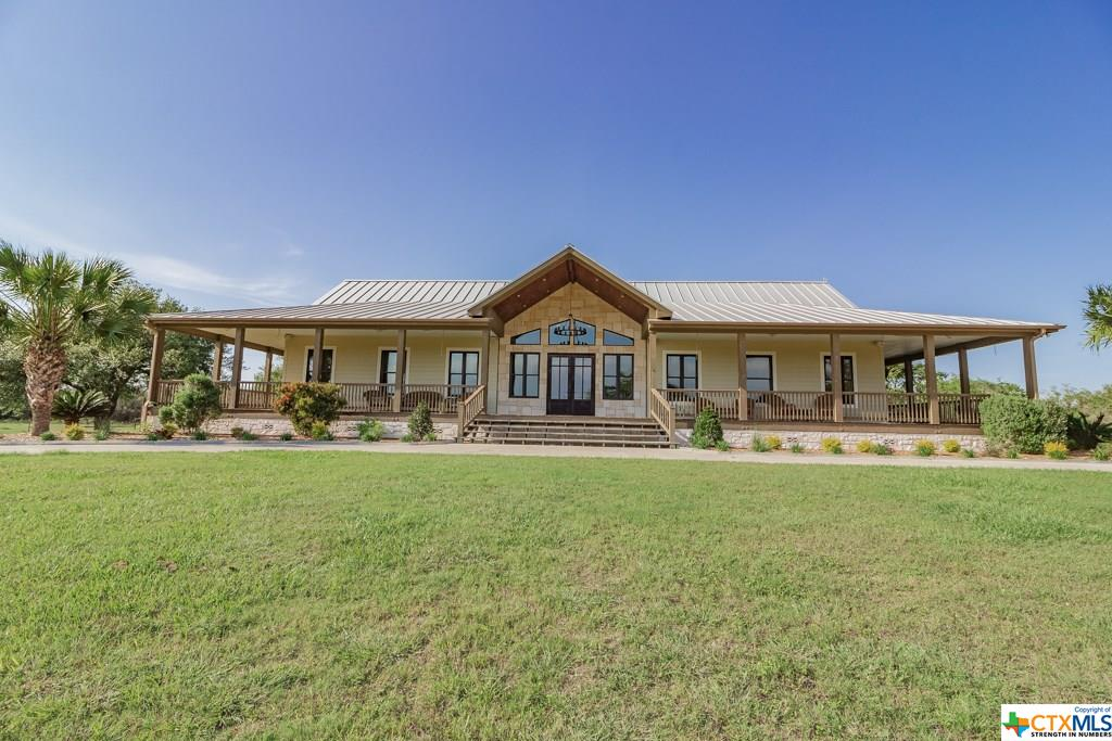 1584 McCampbell Road Property Photo - Goliad, TX real estate listing