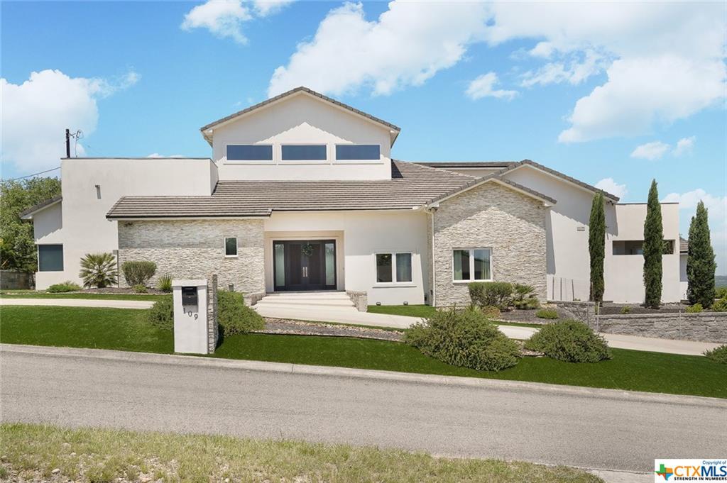 109 Lake View Drive Property Photo