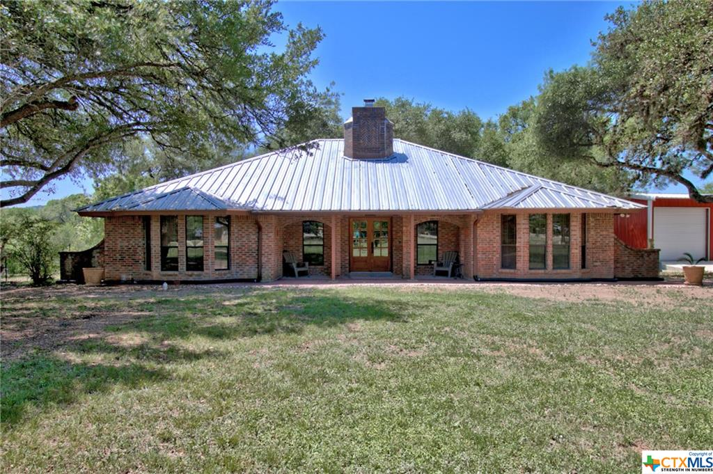 2925 Mail Route Road Property Photo - Fischer, TX real estate listing