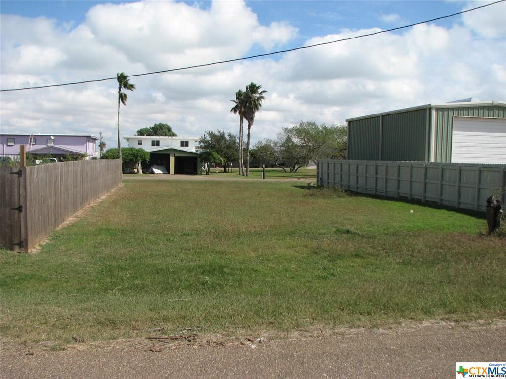 204 White Drive Property Photo - Port Mansfield, TX real estate listing