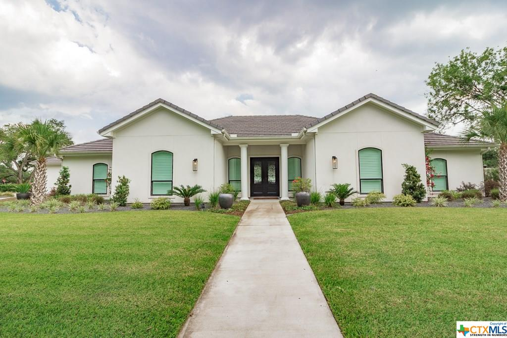 301 Tampa Drive Property Photo - Victoria, TX real estate listing