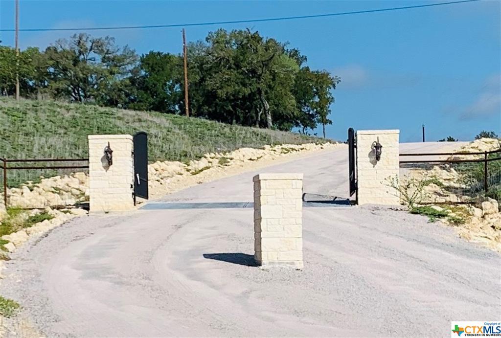 0000 Cascade Lane Property Photo