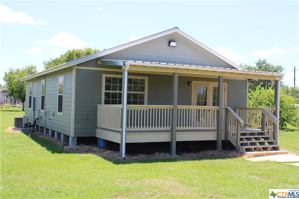 512 Mcdowell Street Property Photo - Austwell, TX real estate listing