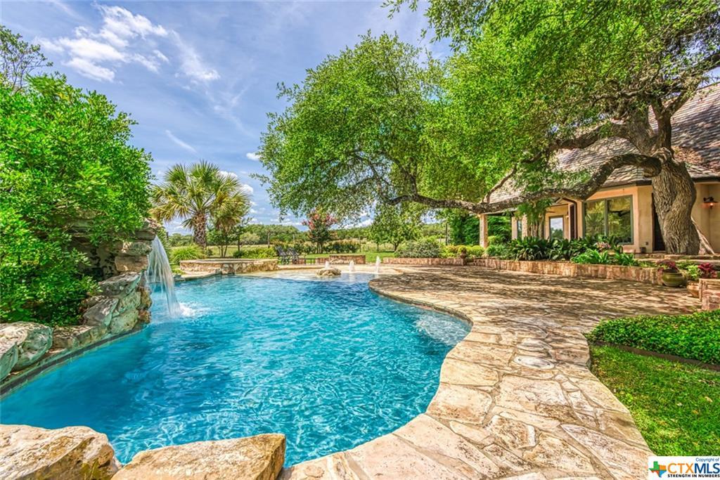 7001 Creekwood Pass Property Photo