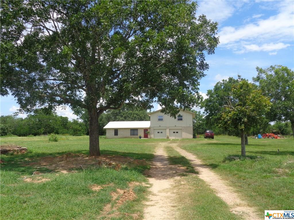3761 Hopkinsville Road Property Photo - Cuero, TX real estate listing