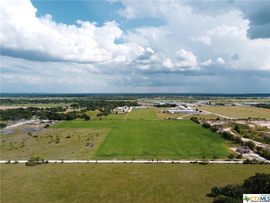 1400 Lovers Lane Property Photo - Lockhart, TX real estate listing