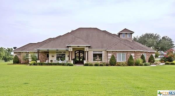 501 Barbara Street Property Photo - Ganado, TX real estate listing