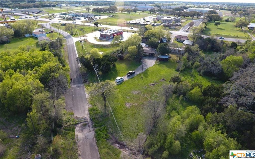 812 E Loop 121 Property Photo