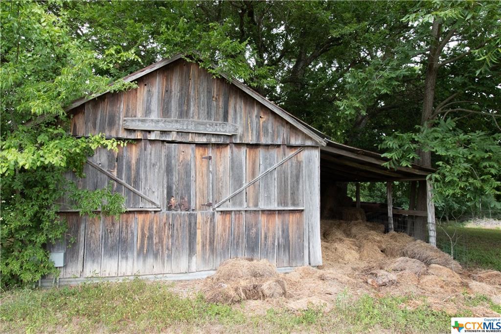 414900 Property Photo 1