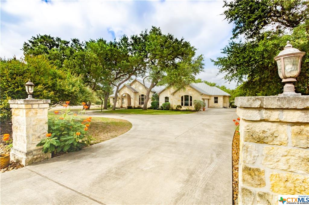 415 Redland Drive Property Photo